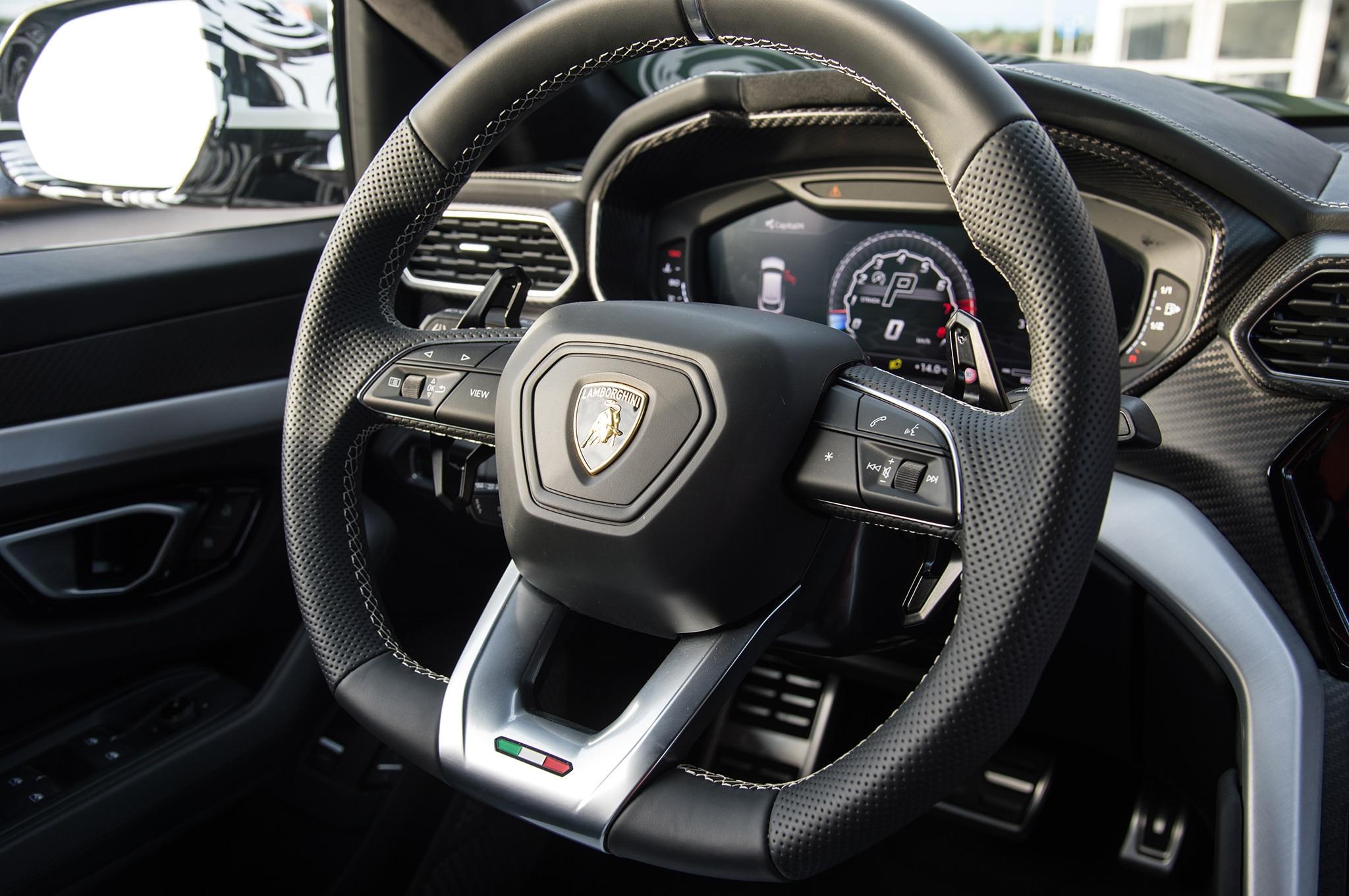 2019 Lamborghini Urus Interior Steering Wheel Motor Trend En Espanol