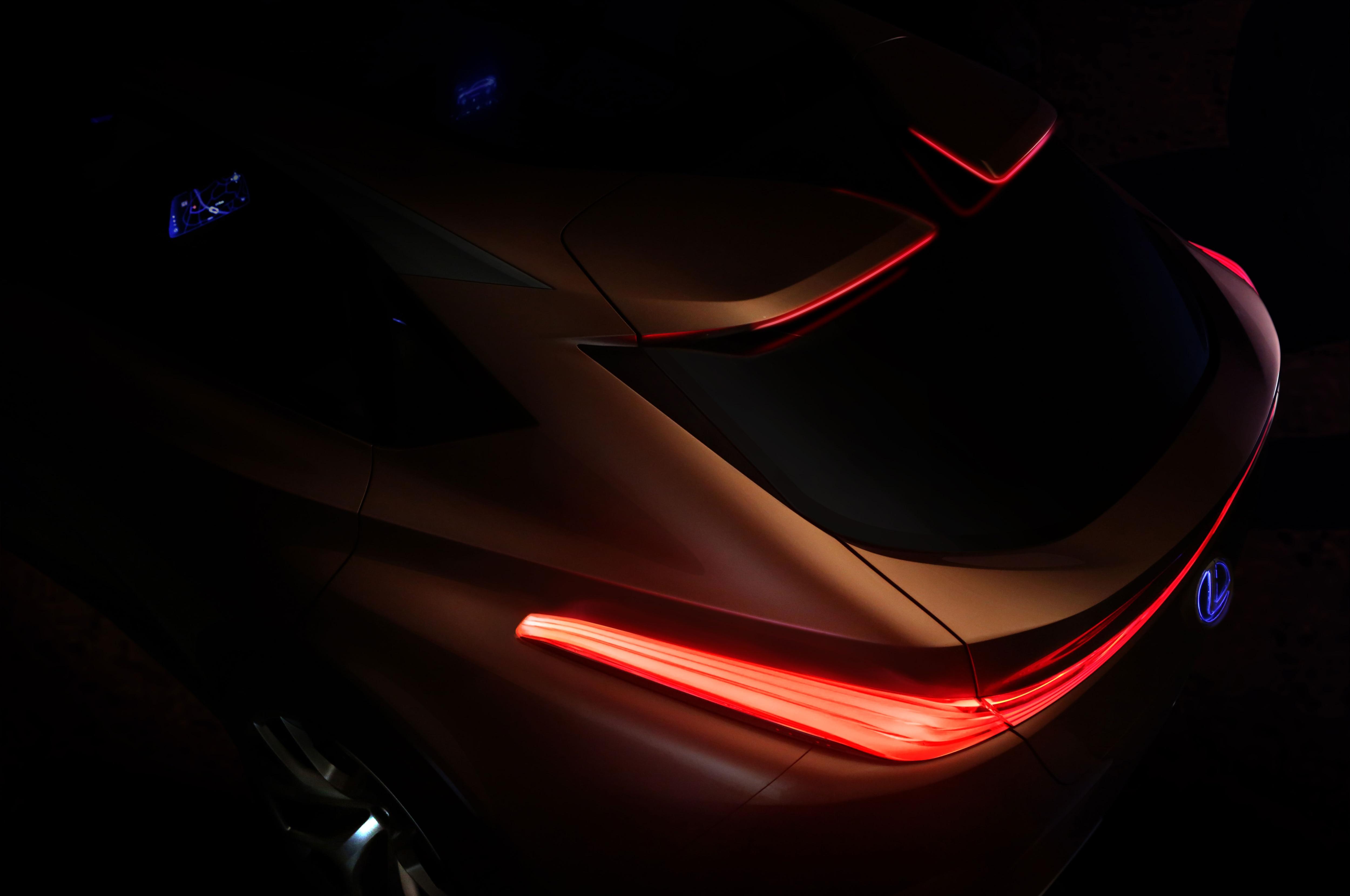 Lexus LF 1 Limitless Concept Teaser 1