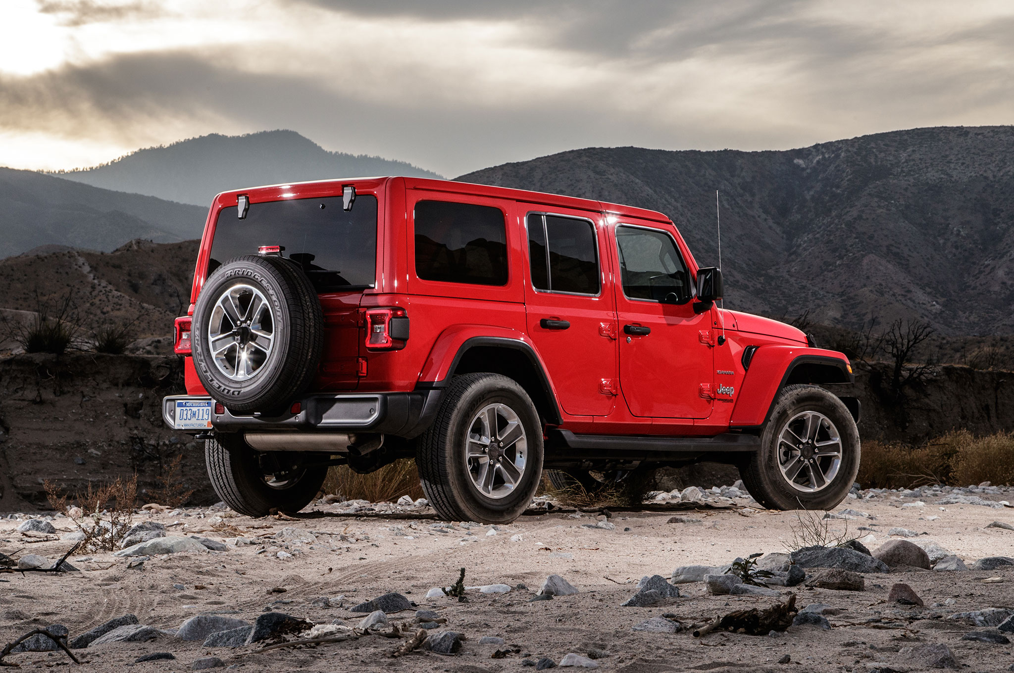 jeep wrangler unlimited sahara 2018 primera prueba. Black Bedroom Furniture Sets. Home Design Ideas
