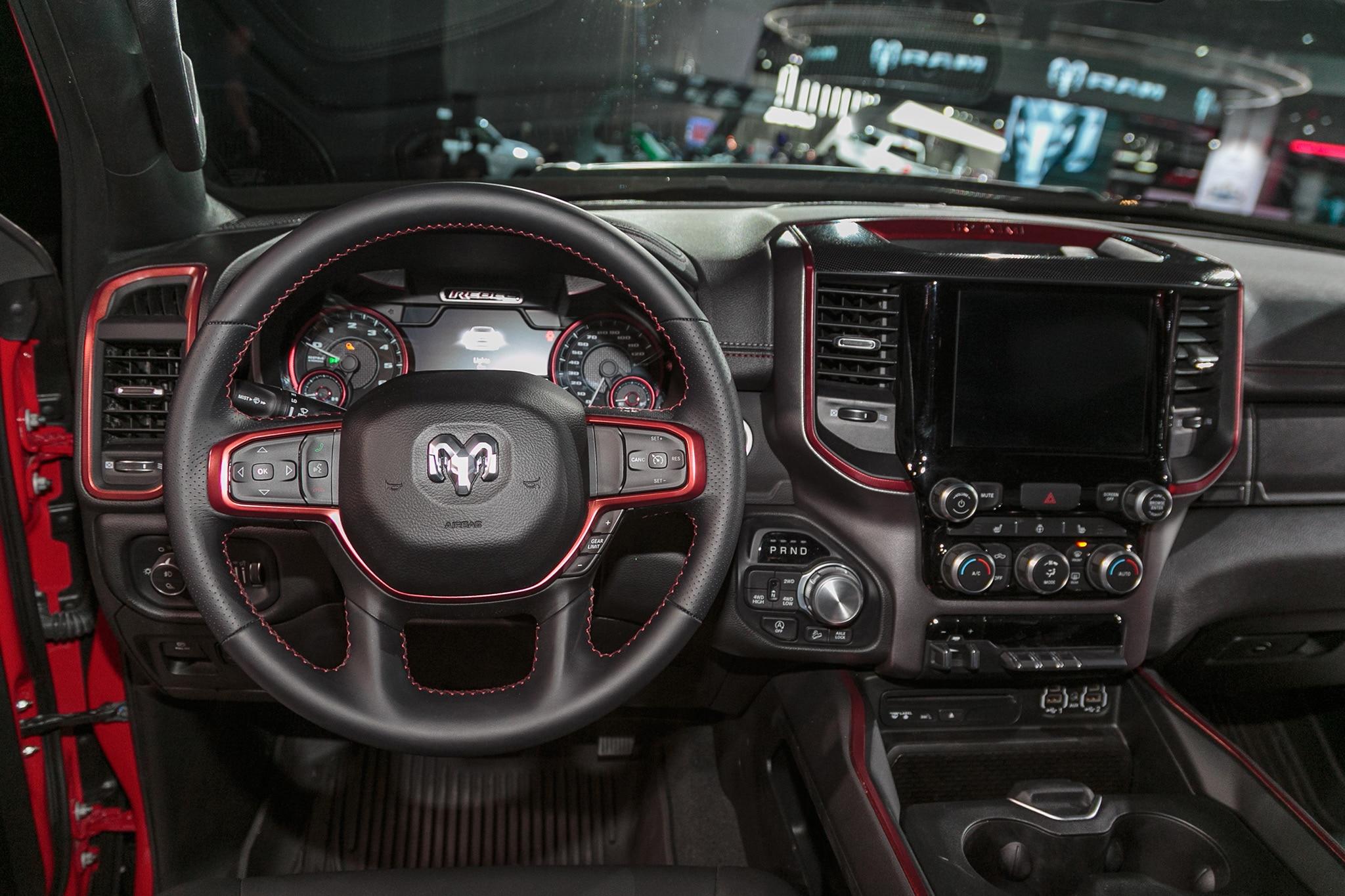 2019 Ram 1500 Rebel 13 - Motor Trend en Español