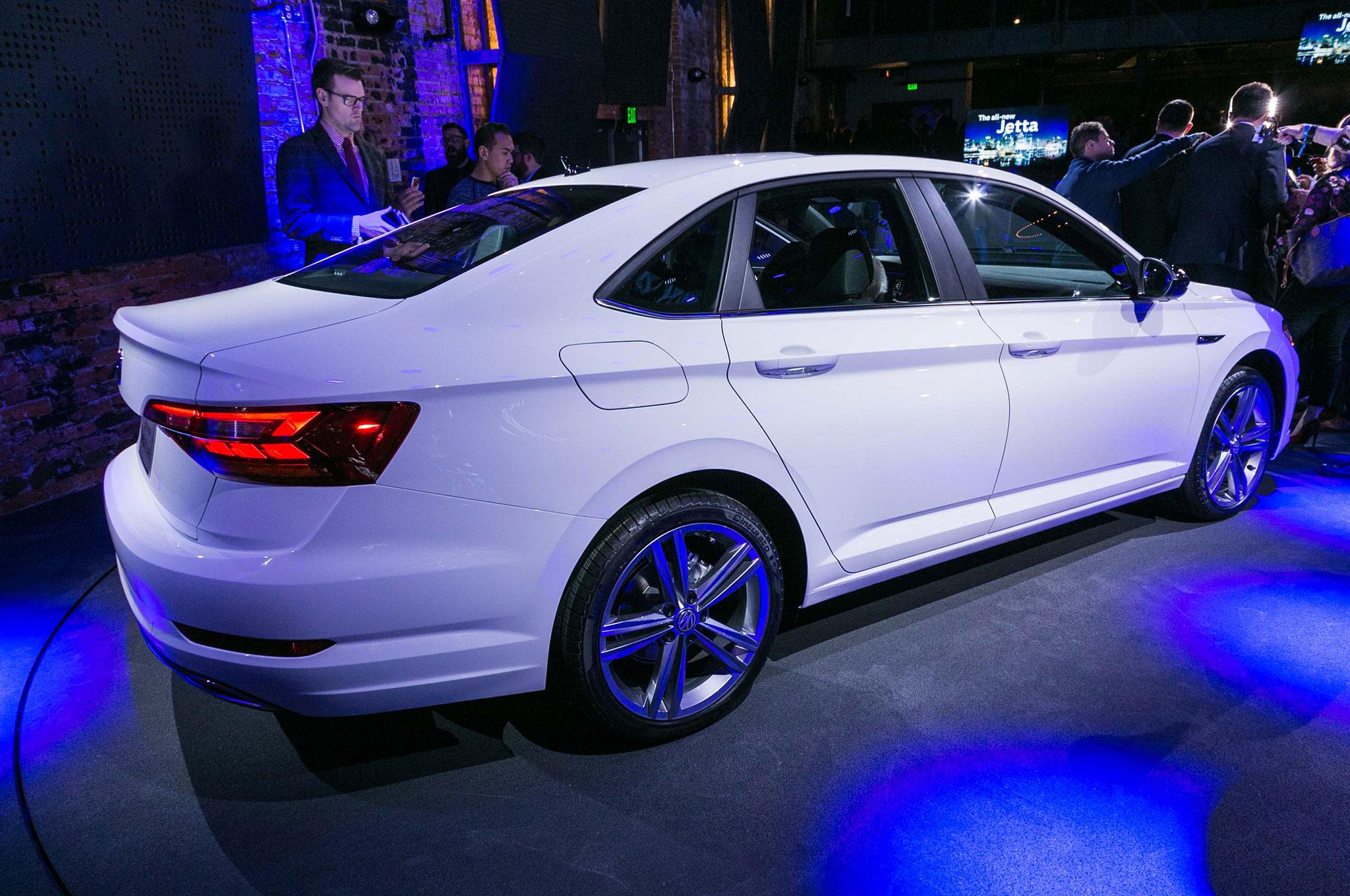 2019 Jetta >> Volkswagen Jetta 2019 entrega hasta 40 mpg - Motor Trend en Español