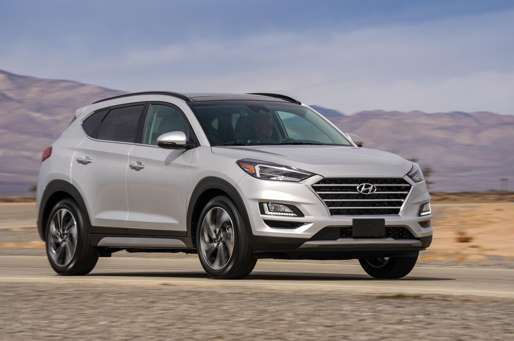 2019 Hyundai Tucson Front Three Quarter In Motion 03