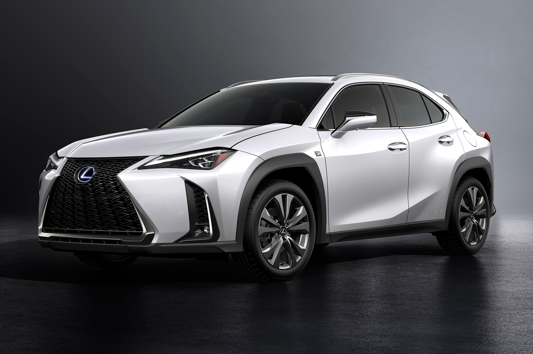 2019 Lexus UX 250h Front Three Quarter 03