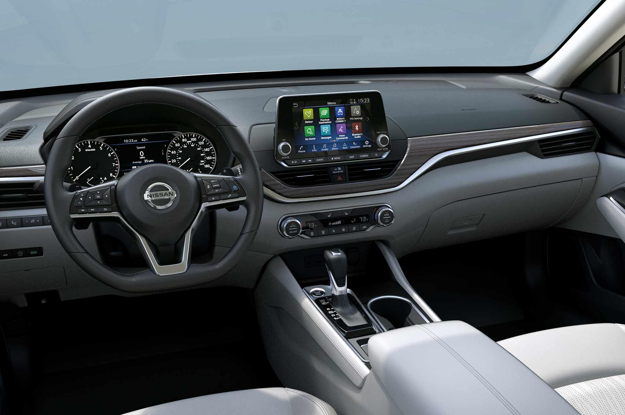 2019 Nissan Altima interior - Motor Trend en Español