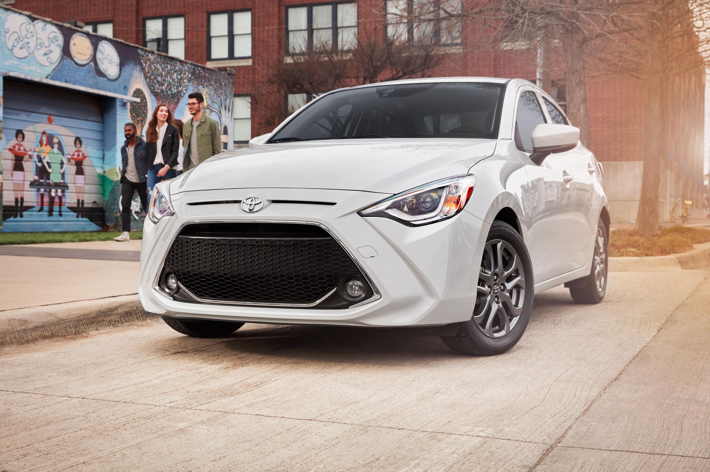 Toyota presenta el rediseñado Yaris 2019 - Motor Trend en ...