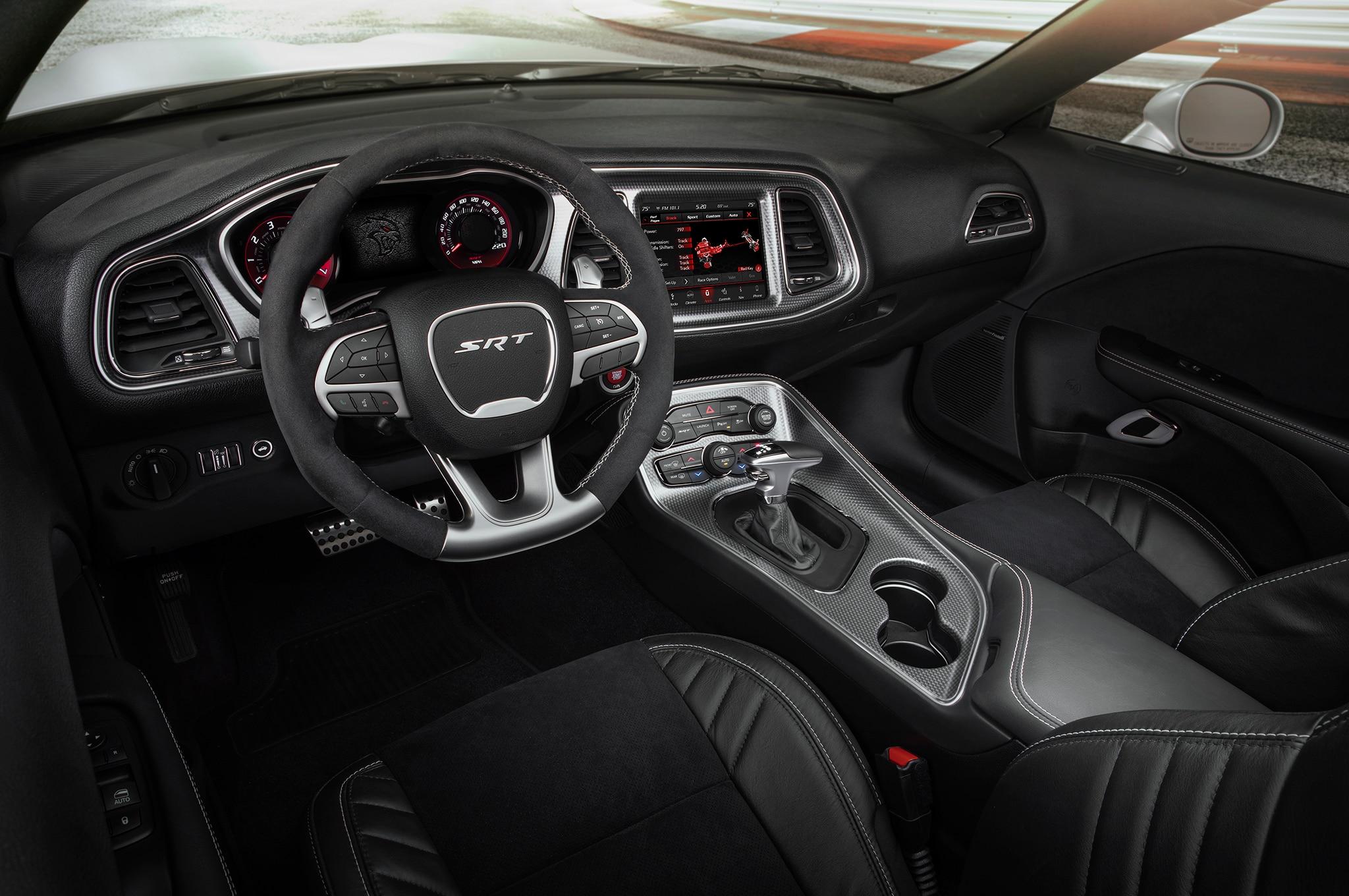 2019 Dodge Challenger SRT Hellcat Redeye Widebody interior ...