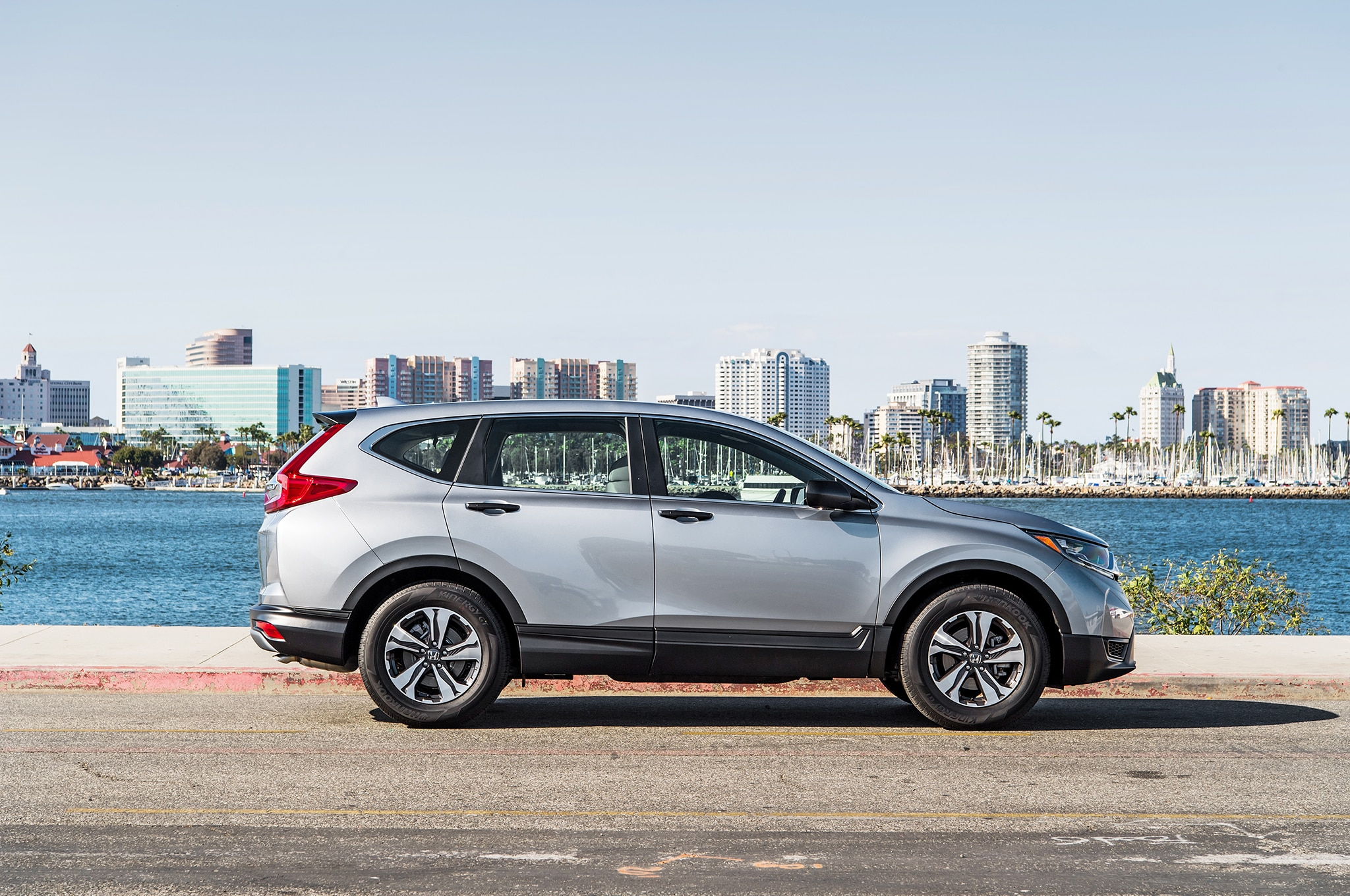 2018 Honda CR V LX Side 6