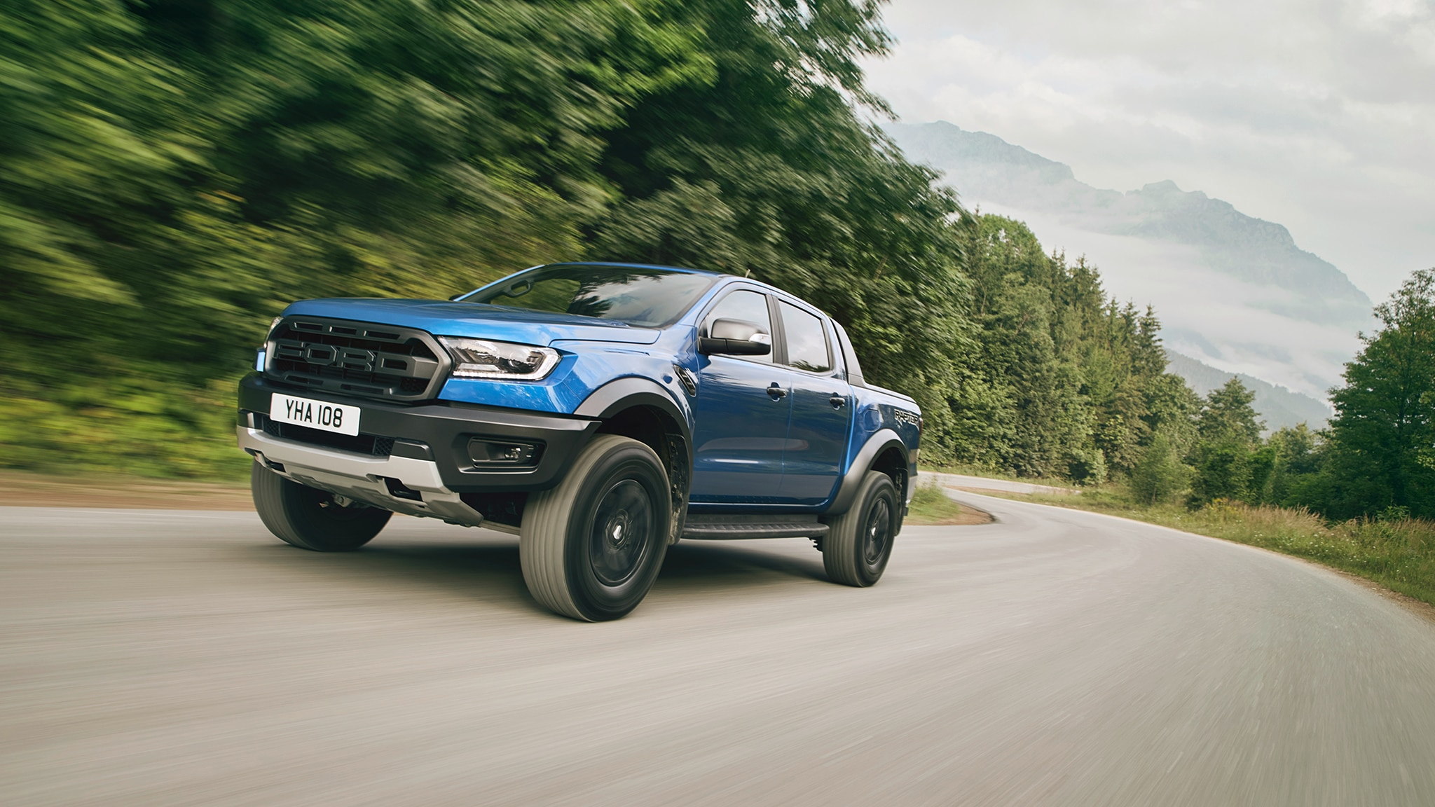 2018 Ford Ranger Raptor Front Three Quarters 04