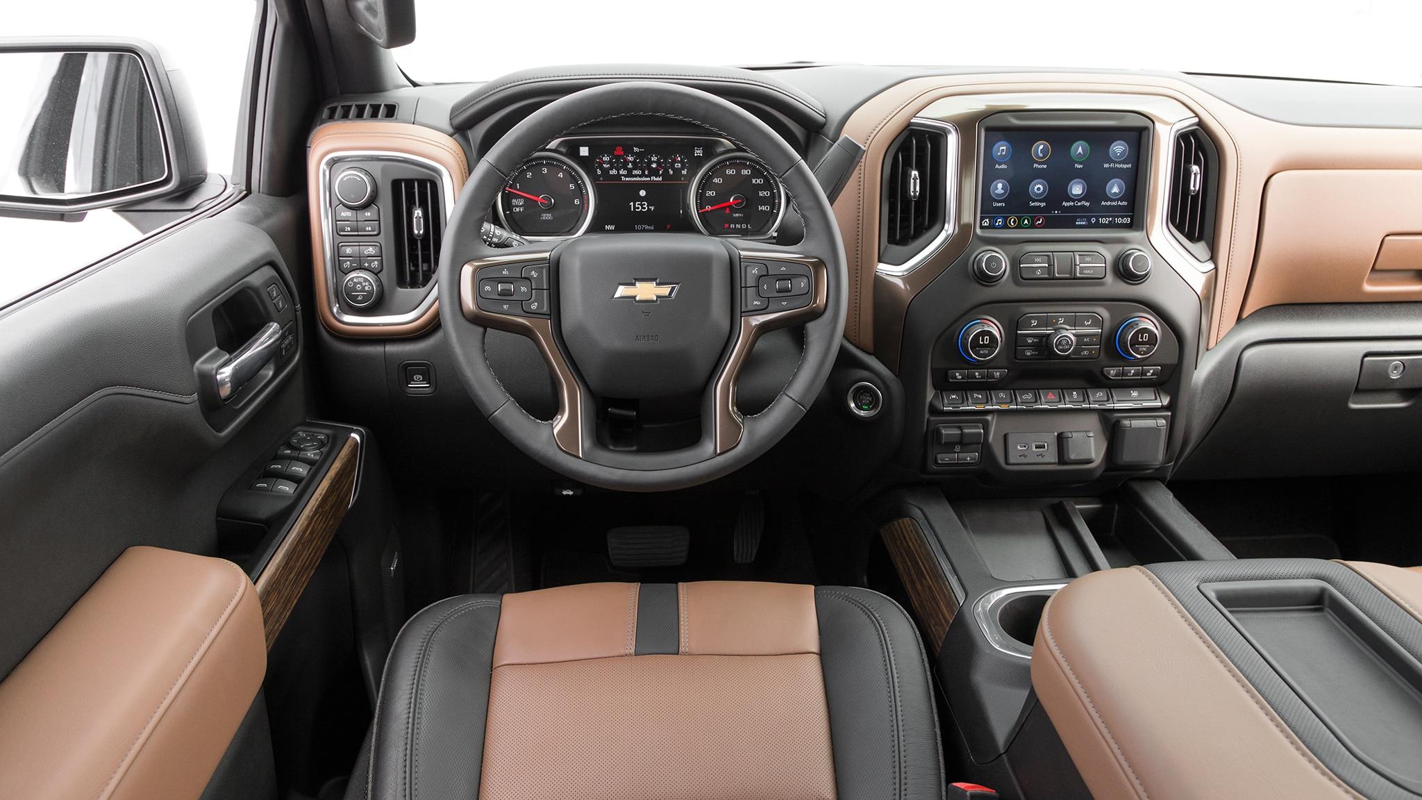 2019 Chevrolet Silverado High Country dashboard - Motor ...