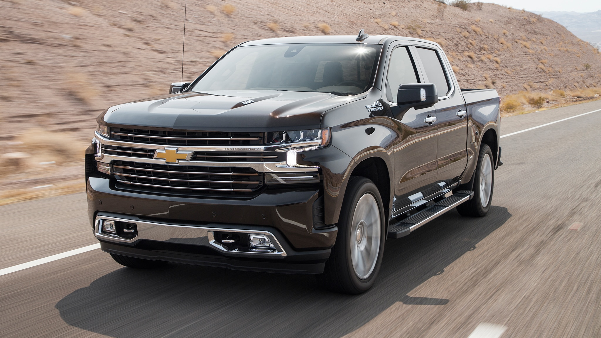 Chevrolet Silverado High Country 2019 vs. GMC Sierra ...