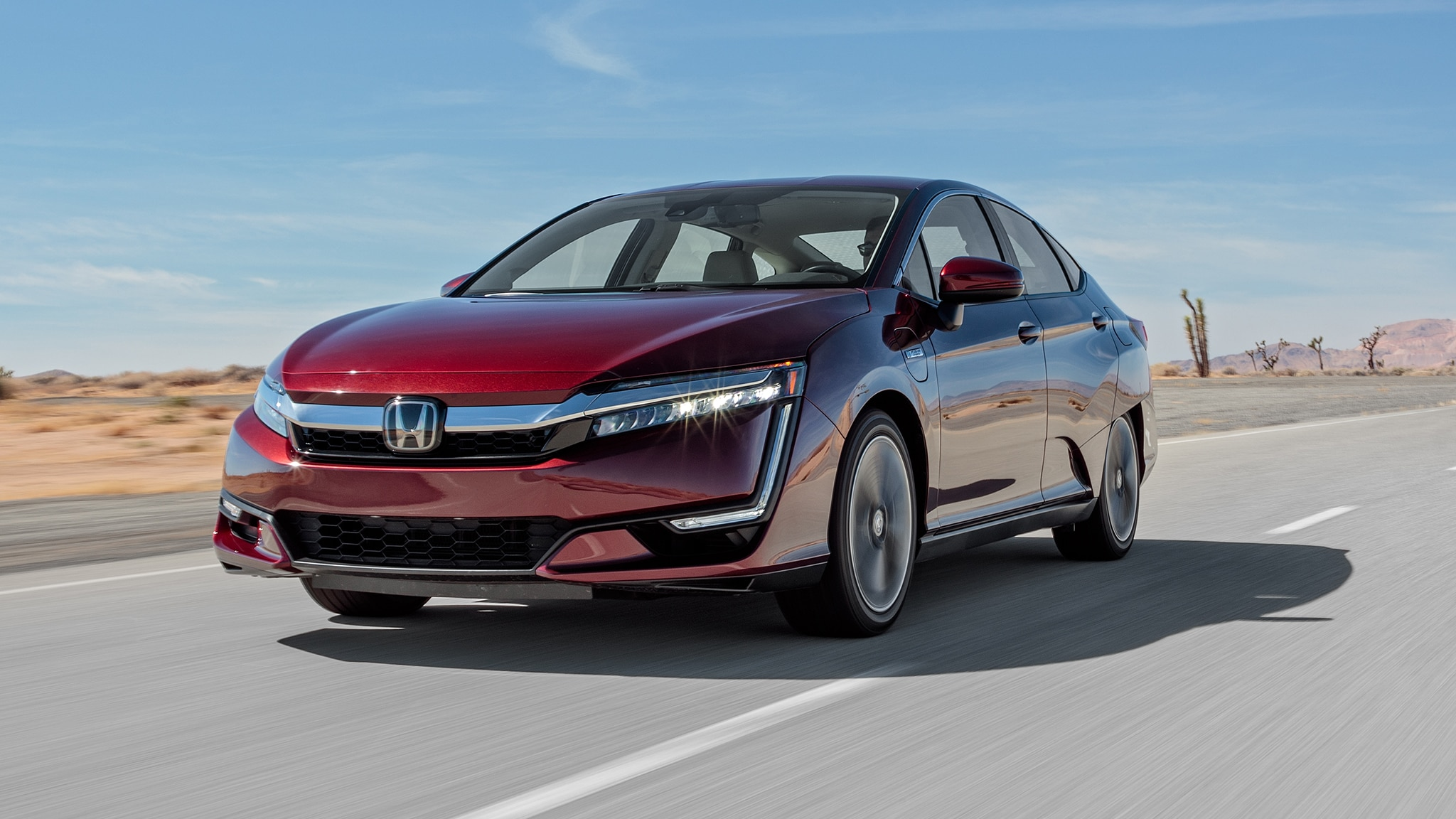 2018 Honda Clarity Front Three Quarter In Motion