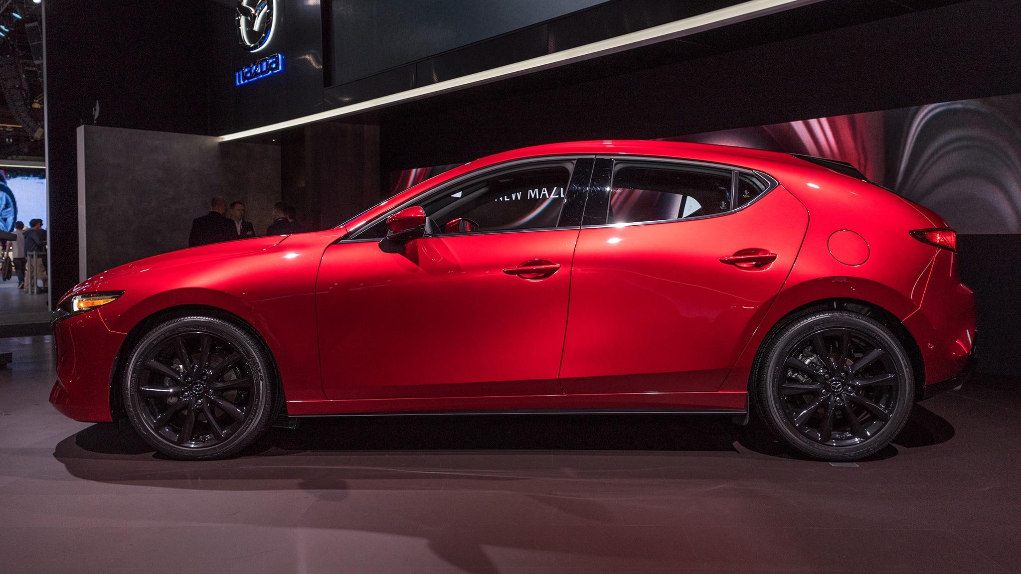 Desde el auto show: Mazda3 2019 vs. Toyota Corolla 2020 ...