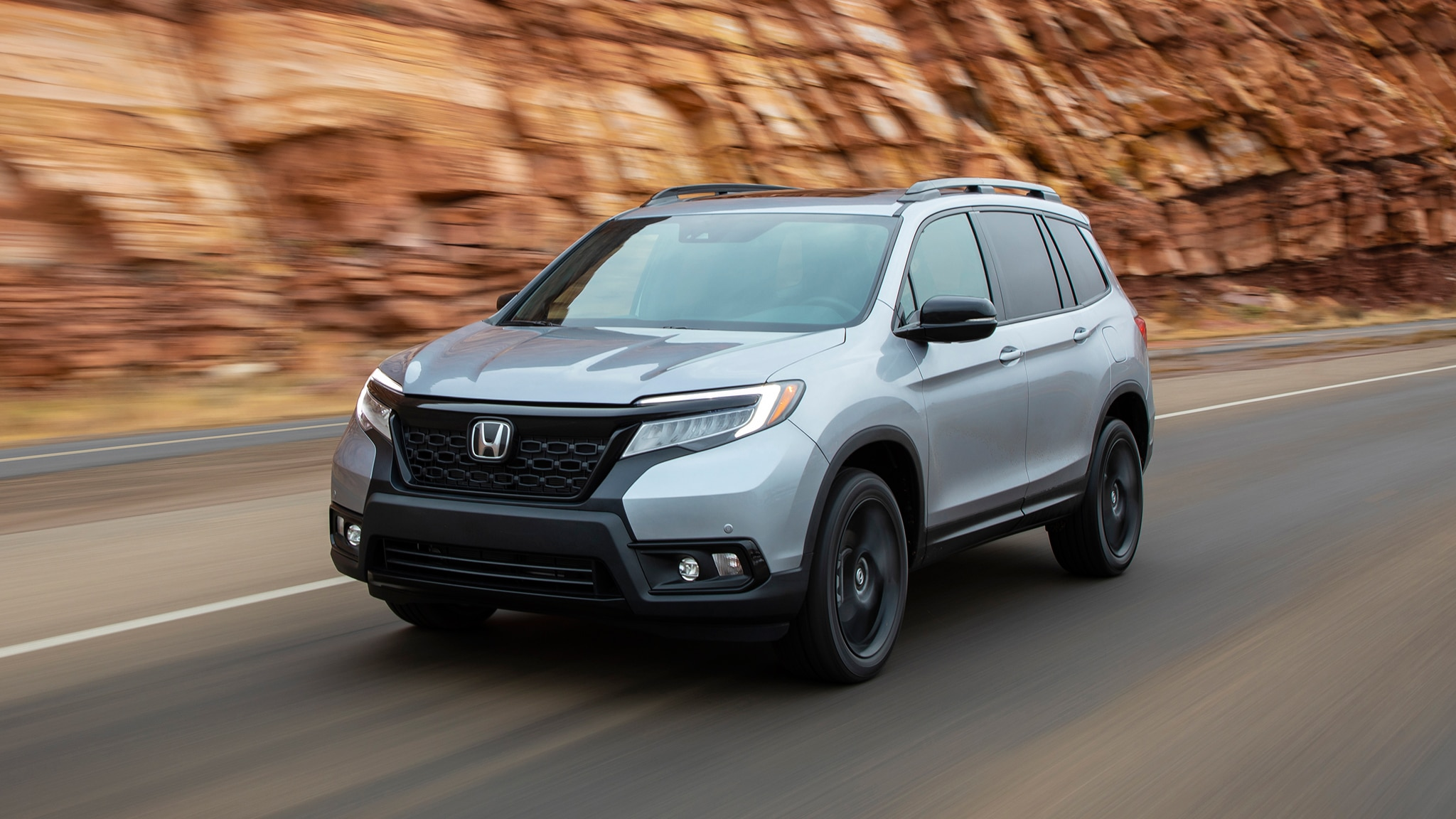 2019 Honda Passport Front Three Quarter In Motion 22