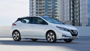 2019 Nissan LEAF Plus 28
