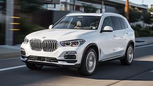 2019 BMW X5 XDrive40i Front Three Quarter In Motion 2