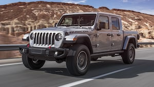 2020 Jeep Gladiator Rubicon Front Side Motion View