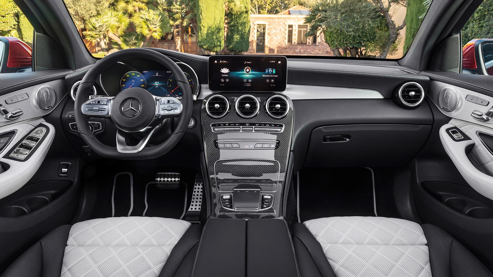 Coupe Vs Sedan >> Mercedes-Benz GLC 300 Coupe 2020 obtiene rediseño - Motor ...