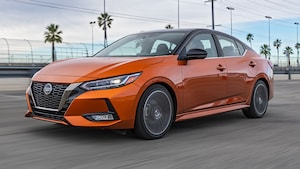 2020 Nissan Sentra SR Front Three Quarter In Motion 2